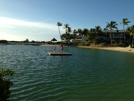 Hawks Cay Resort : raft