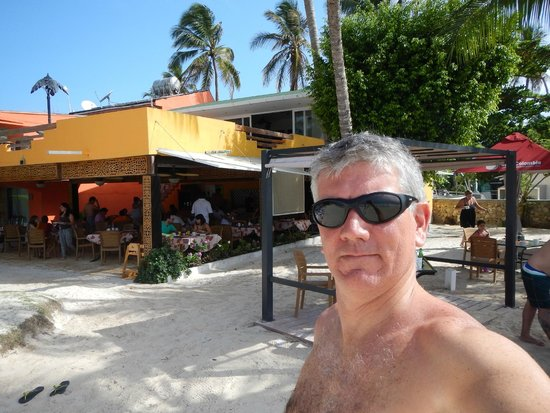 Cocoplum Beach Hotel: local do cafe da manha