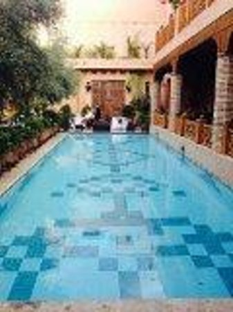 La Maison Arabe: Pool