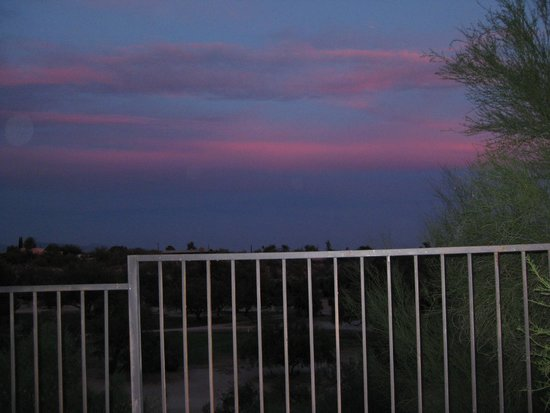 La Posada Lodge and Casitas: Sunset view from our casita