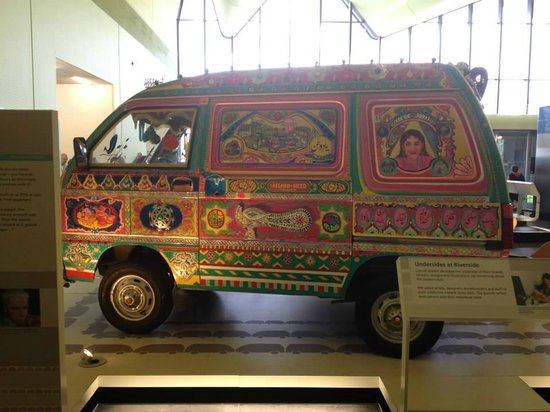 The Riverside Museum of Transport and Travel: Pakistani decorated van