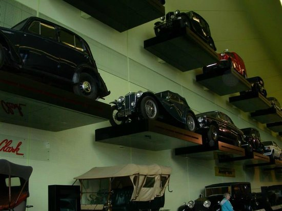 The Riverside Museum of Transport and Travel: cars exhibit