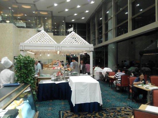 Hotel Springs Makuhari: 餐廳