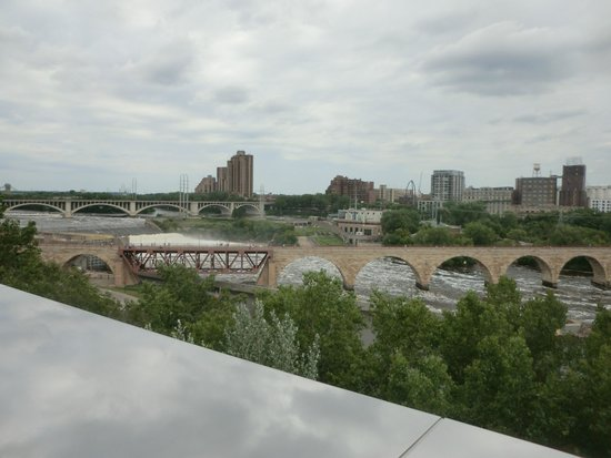 Guthrie Theater : Stone Arch Bridge as seen from 5th floor - Gutherie Theater