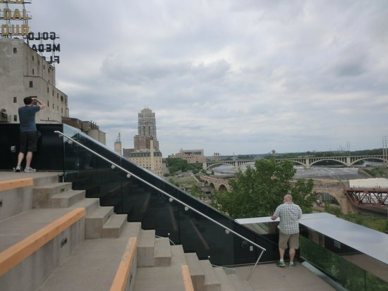 Guthrie Theater : Steps of Observation Deck on Endless Bridge