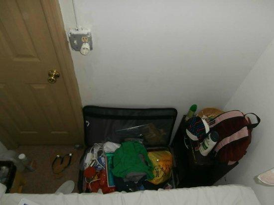 World Hotel : My tiny room