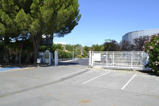 B&B Hotel Montpellier 1 : parking sécurisé