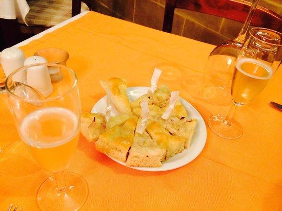 Profumo di ristorante italiano: Proseco e couvert