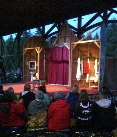 Caravan Farm Theatre : Punch and Judy Set
