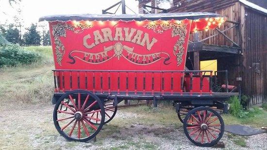 Caravan Farm Theatre : Vintage Caravan