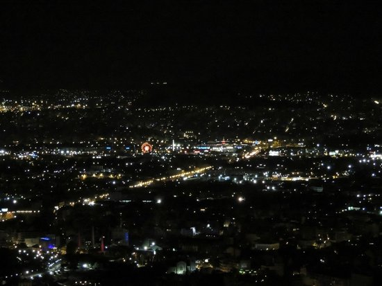 Mount Lycabettus : Athens at night