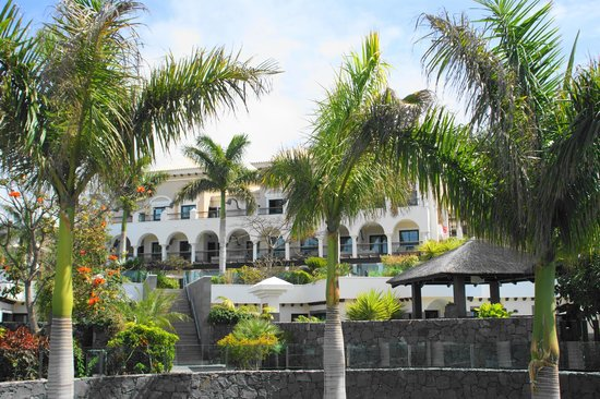Gran Melia Palacio de Isora Resort & Spa: Hotel grounds