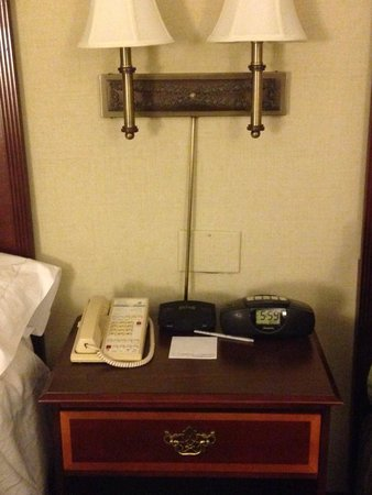 Hampton Inn Boston-Natick: Needs updating