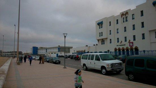 Ibis Budget El Jadida : Frontal del hotel