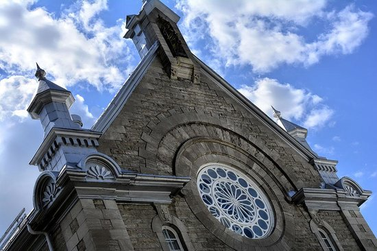 Quebec Experience: Church!