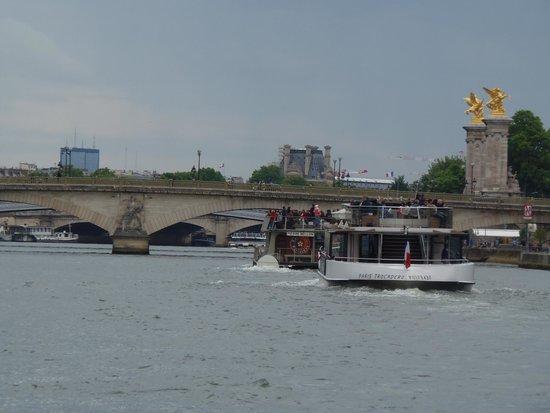 Batobus : Navegaciones por el Sena al atardecer
