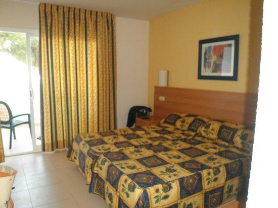 Hotel Marina Corfu: Une cahambre hôtel Corfu