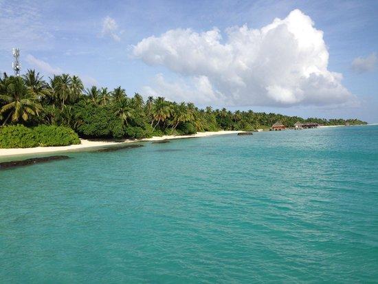 Kuramathi Island Resort: Playas