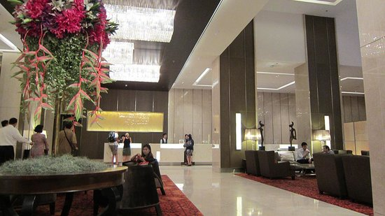 Eastin Grand Hotel Sathorn: フロント