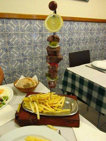 Restaurante Jardim: espetada de vaca