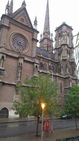 Iglesia de Los Capuchinos: Iglesia del Corazon de Jesus -  Vista Lateral