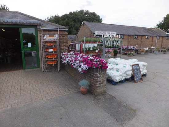 Roundstone Farm Shop And Tea Rooms