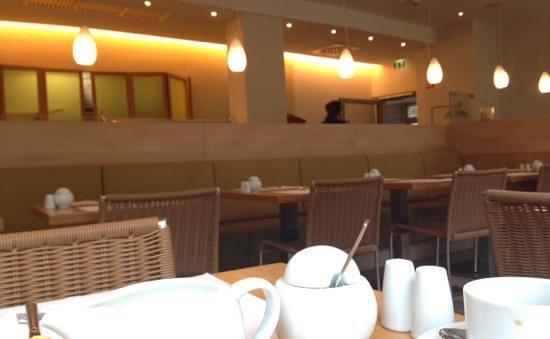 Acom Hotel Muenchen Haar: Frühstücksraum im acomhotel