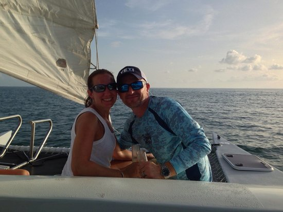 Catamaran Echo: Moet Chandon Sunset Trip