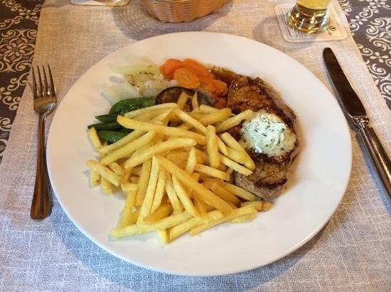 Hotel Posthuis Melchsee-Frutt: Schweinssteak