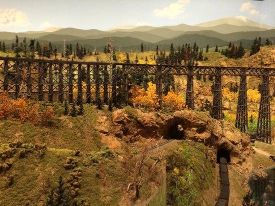 Colorado Model Railroad Museum: Trestle Bridge