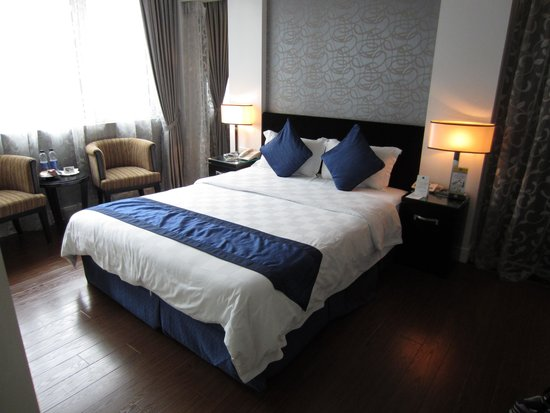 Church Boutique Hotel Hang Gai: Room - 2nd floor