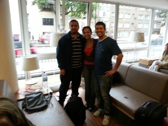 MEININGER Hotel London Hyde Park: Fotinha no hall de interação do Hostel
