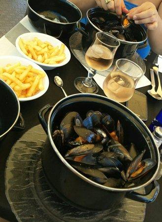 Bandol, Frankrig: Moules frites