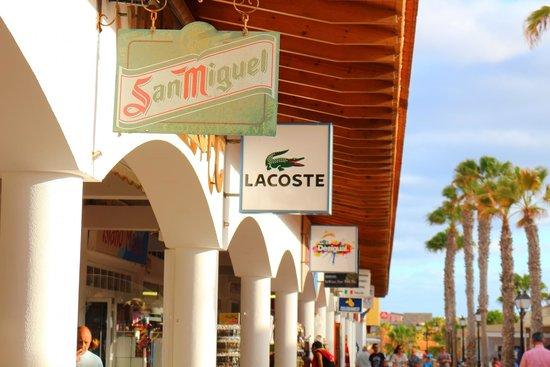 Barceló Fuerteventura Thalasso Spa: Shops in village