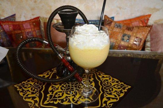 """Marjaba Cafe: arabic smoothie with """"arak"""""""