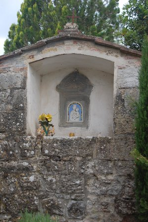 Borgo Lecchi B&B : A shrine in town