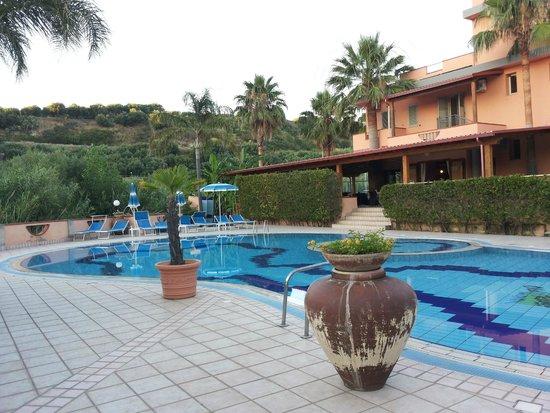 Villaggio Residence Old River: Piscina