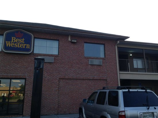 Quality Inn Memphis Airport : Hotel front