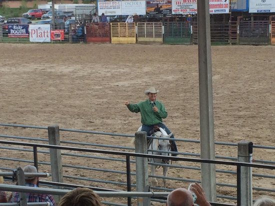 The Kissimmee Sports Arena Rodeo: Great night!