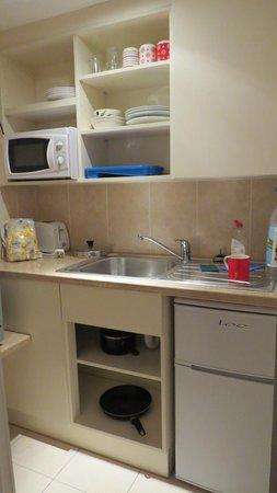 Belsize Park Apartments: Cozinha