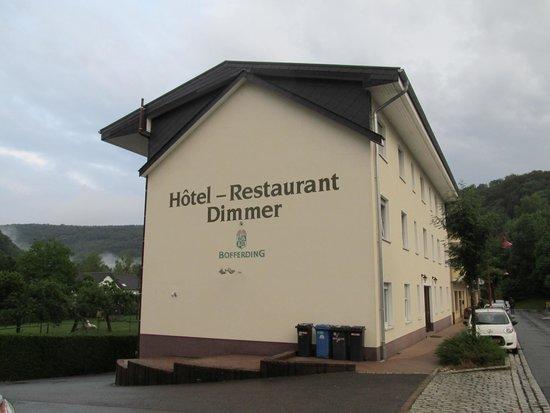 Dimmer Hotel