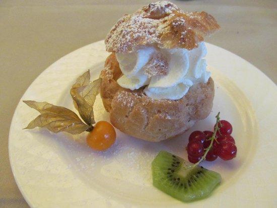 Dimmer Hotel : Dessert as tastey as it looked!