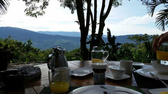 Las Nubes Natural Energy Resort: le petit déjeuner