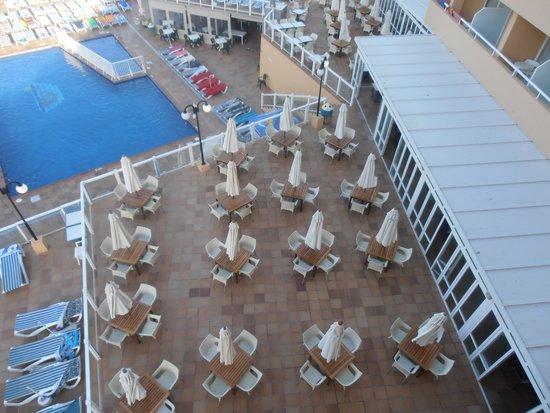 Sirenis Cala Llonga Resort: de manha cedo