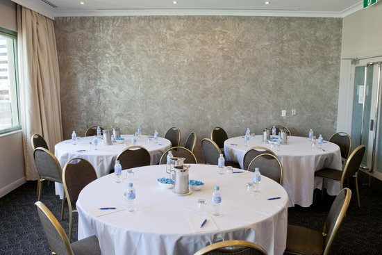 The Sebel Residence Chatswood: Function room
