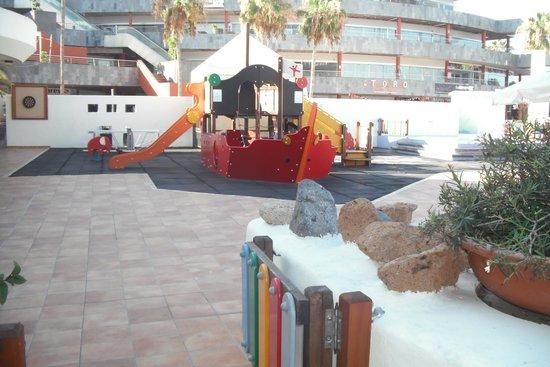 HOVIMA La Pinta: parque infantil