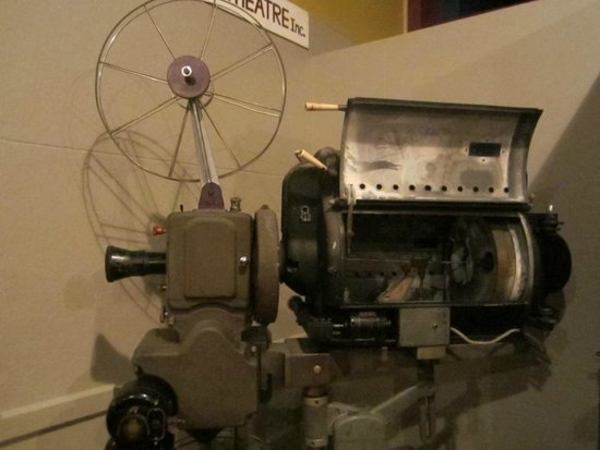 Mayfair Theatre: The old projector from 1945, which was used till November 20th, 2013!
