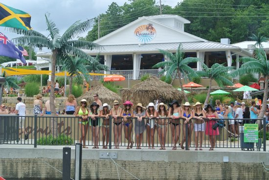 Coconuts Caribbean Beach Bar & Grill: hat pic in front of Coconuts
