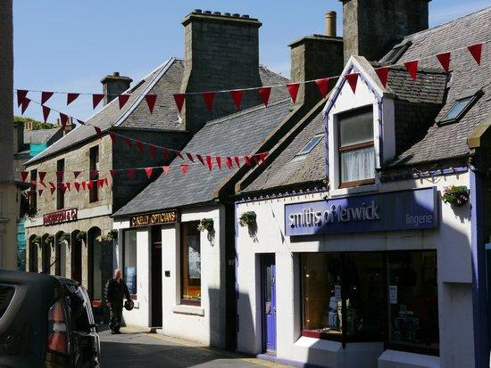 See Shetland with Sarah McBurnie Day Tours: Lerwick Town