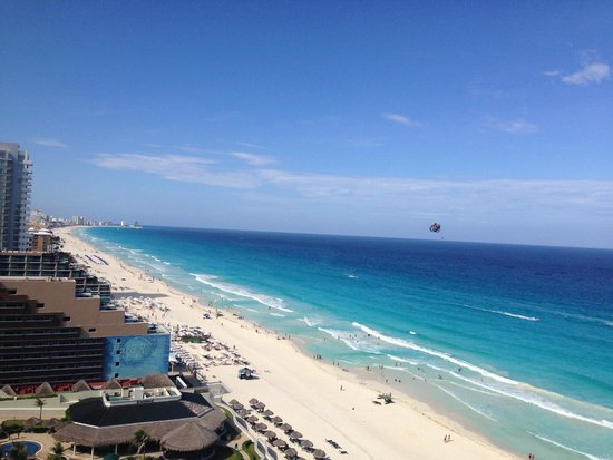 JW Marriott Cancun Resort & Spa: View from our 14th floor room